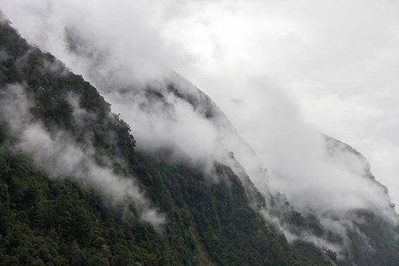 © Detours Magazine . Volume 02 . Doubtful Sound . Nouvelle-Zélande