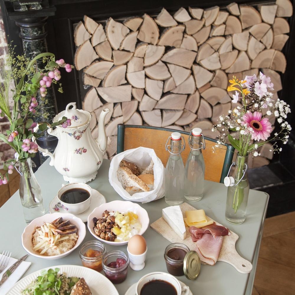 Brunch alix table jardin d 39 amis for Brunch jardin
