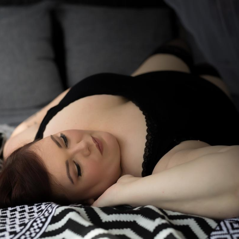 KRISSY SMITH - A truly beloved friend of mine. Krissy Smith is a Touring BBW Escort and kink companion. Krissy travels across Australia frequently to regional areas. Great for true BBW fans and lovers of soft curves.