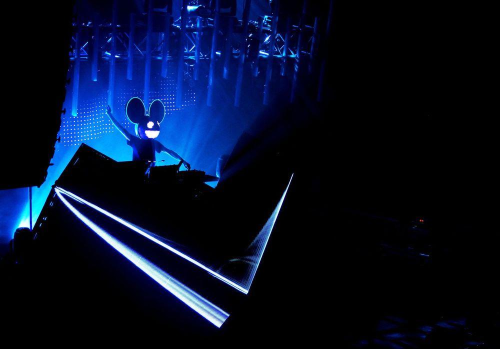 Deadmua5 live in concert