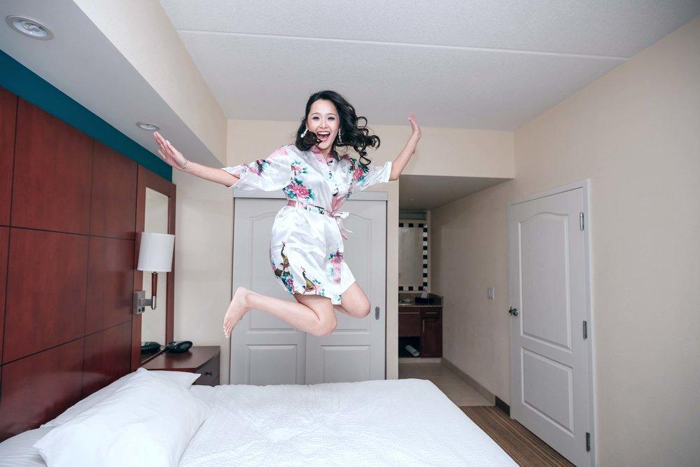 Vi jumping.jpg