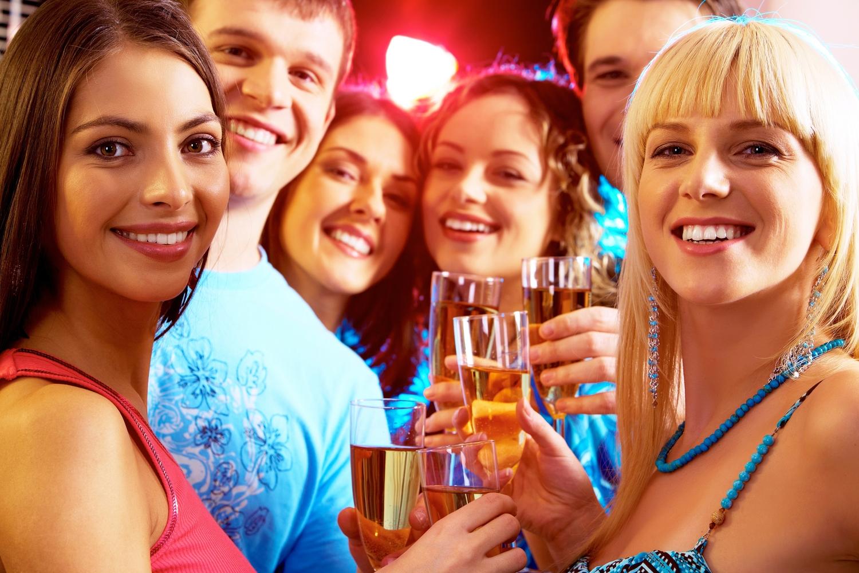 Студенты на вечеринке 13 фотография