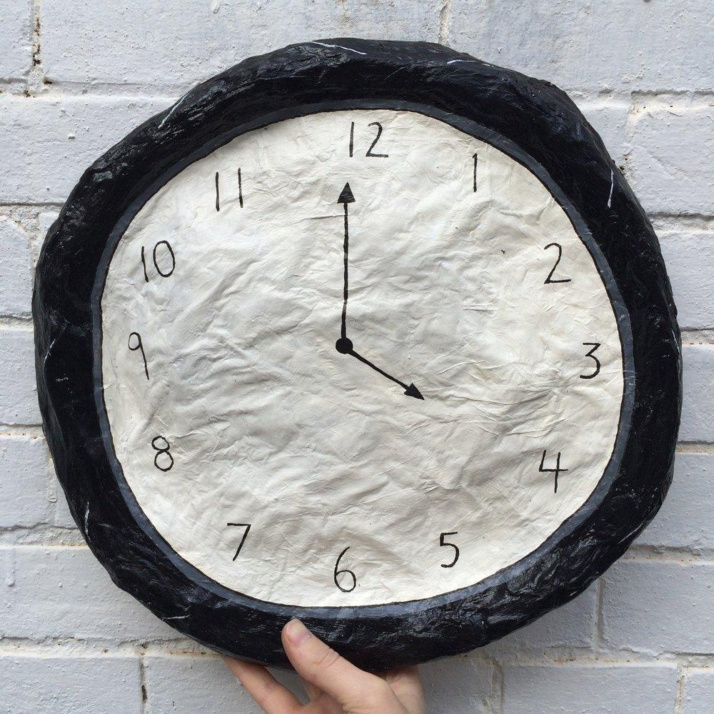 Clock (4 o'clock)