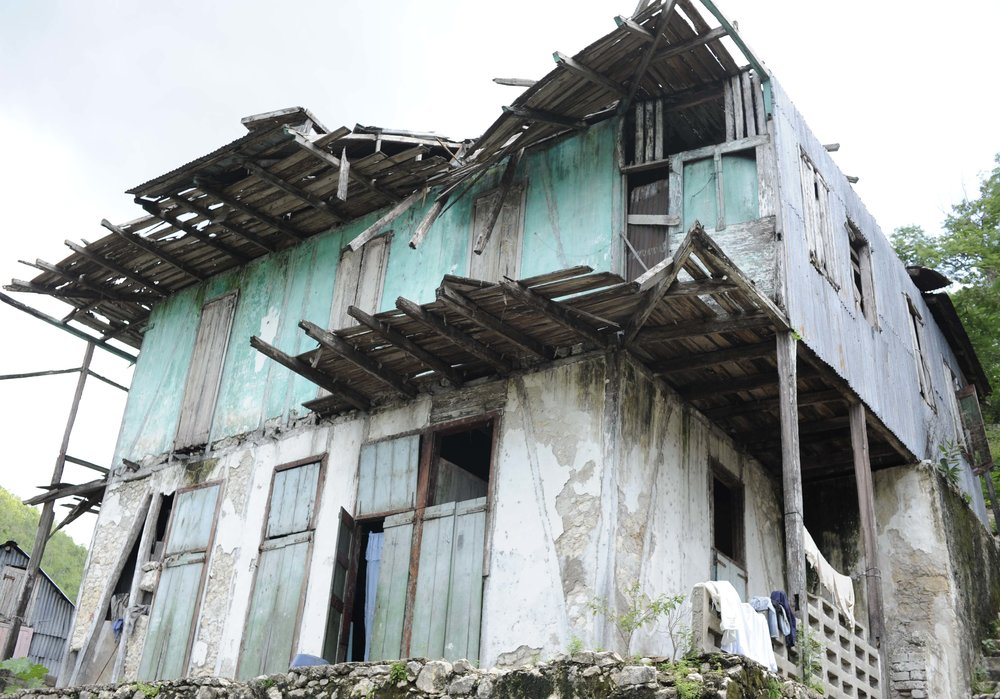 destroyed hse haiti.jpg