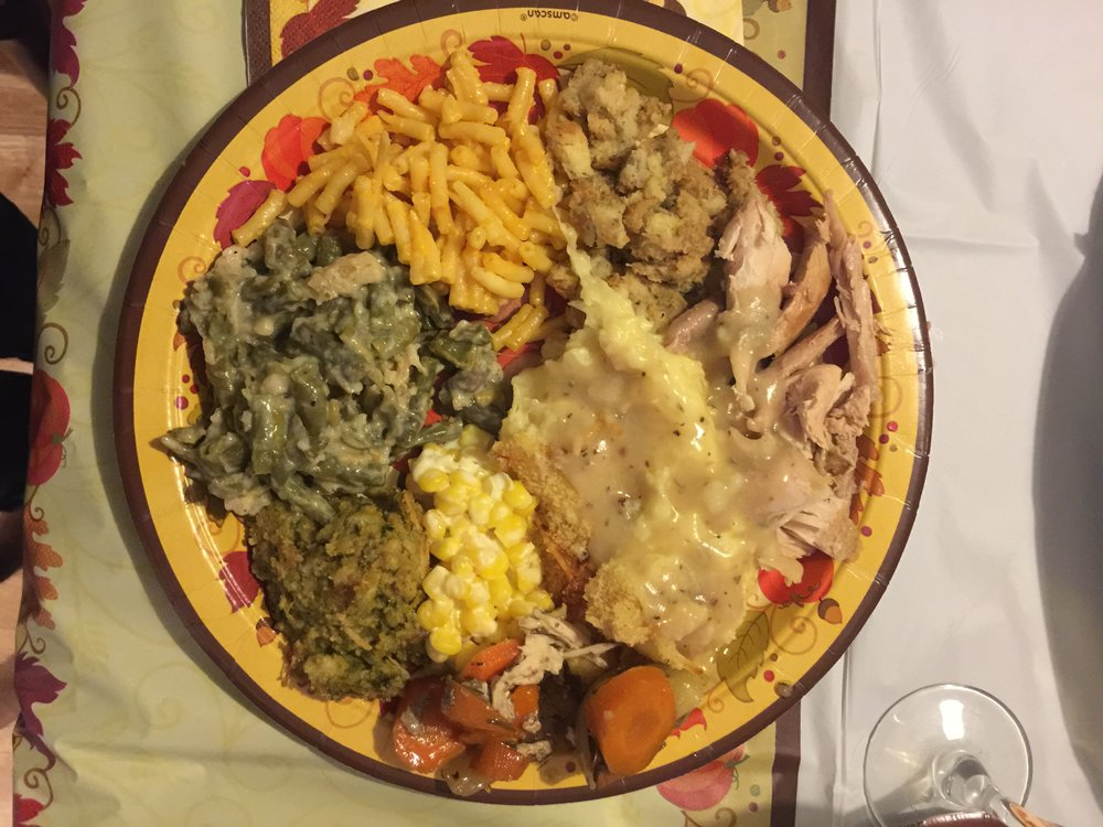 Friendsgiving Plate.JPG