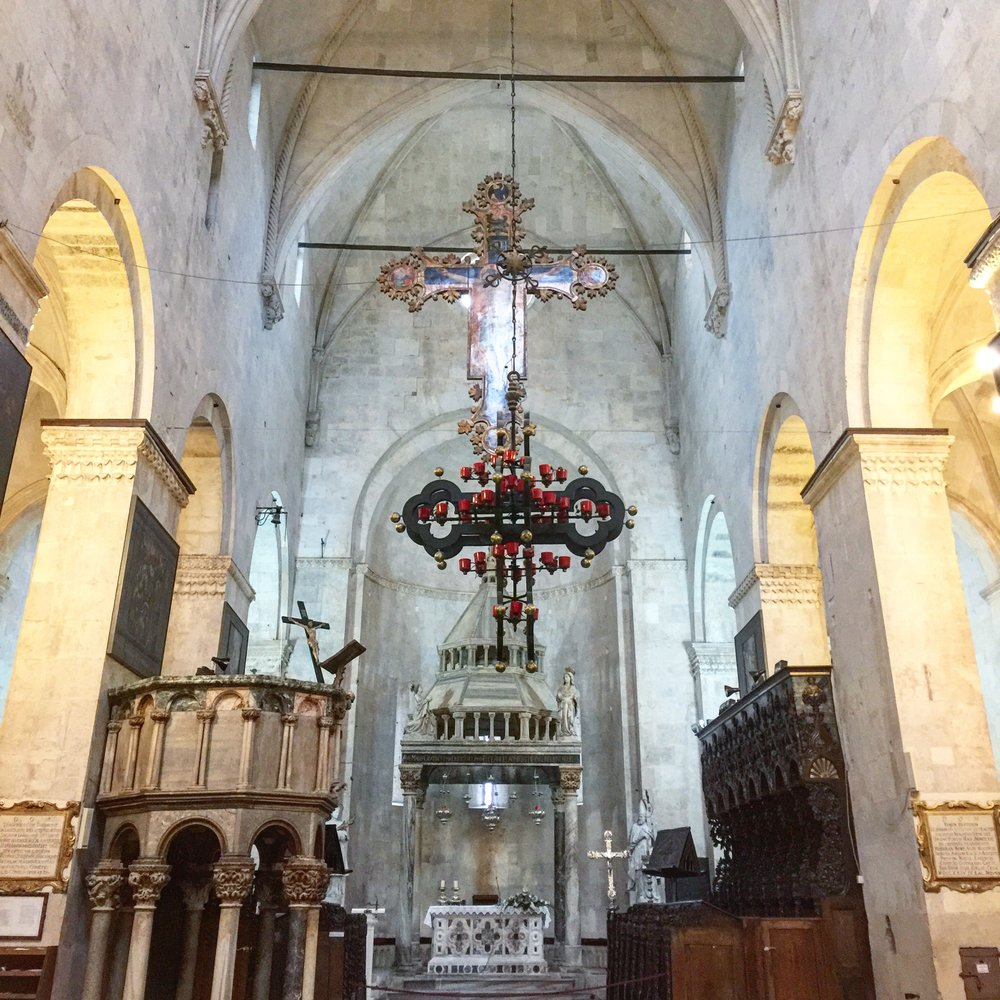 Split Cathedral Saint Domnius Inside.JPG