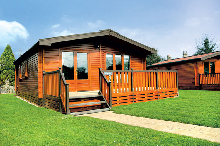 Pine lodges holiday accommodation, Suffolk Broads and Coast