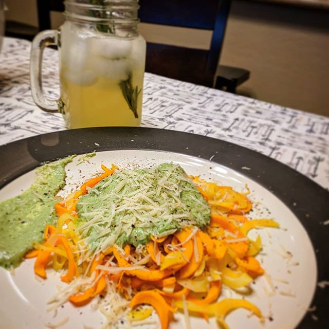 Made some homemade vegan basil lemon pesto on a bed of homemade sweet potato noodles.  To wash it down made some homemade freshly squeezed rosemary basil infused lemonade. 🌱🌿😍 . . . . . #vegan #veganlife #eatyourveggies #sweetpotatonoodles #basilpesto #homemade #fromscratch #lemonade #herbalinfused #azmom #momlife #blogger #azblogger #foodie #nomnomnom