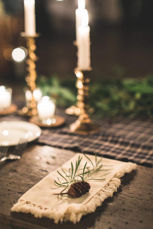 winter wedding tablescape.jpg
