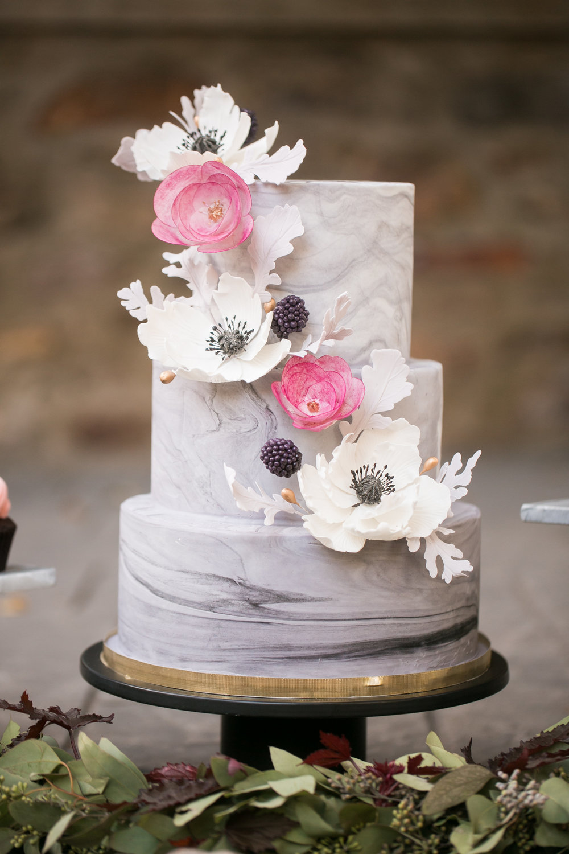 marble wedding cake.jpg