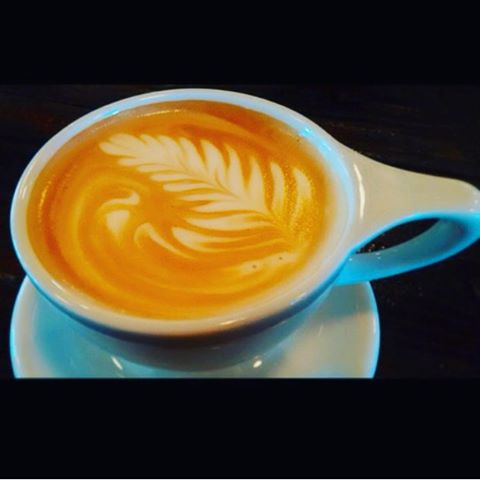 Sunday morning salted caramel latte.  Thank you for photo @gelica_sd 👍