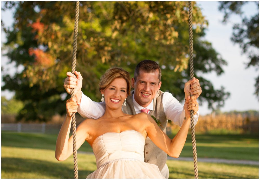 engagement-session-swing-fall-portraits.jpg