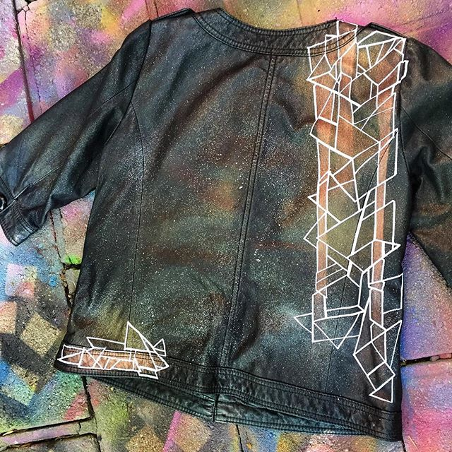 #new #fresh #handpainted #genuine #leather #abstract #art #artwork #arte #custom #jacket #graphic #style #drawing #painting #ink #line #shape #metal #space #wearableart #missme #couture #beauty #work #flow #norm4eva