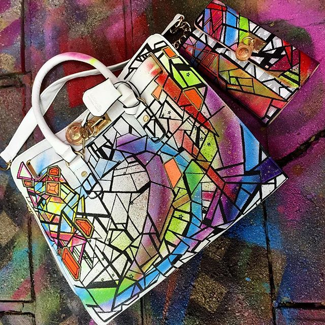 #wip #handpainted #fashion #bag #art #clutch #purse #matching #set #artwork #wearableart #ink #painting #drawing #abstract #colorful #accessories #line #shape #curves #streetart #graffiti #style #graphism #arte #future #space #love #norm4eva