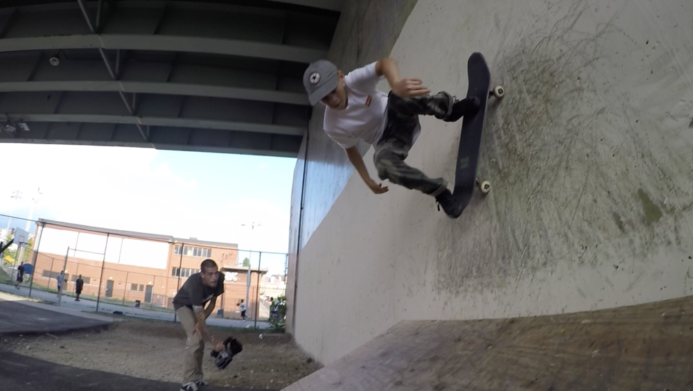 Eli Campbell - Backside Wallride