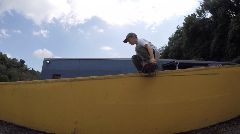 Eli Campbell - Cannonball grab Boardslide