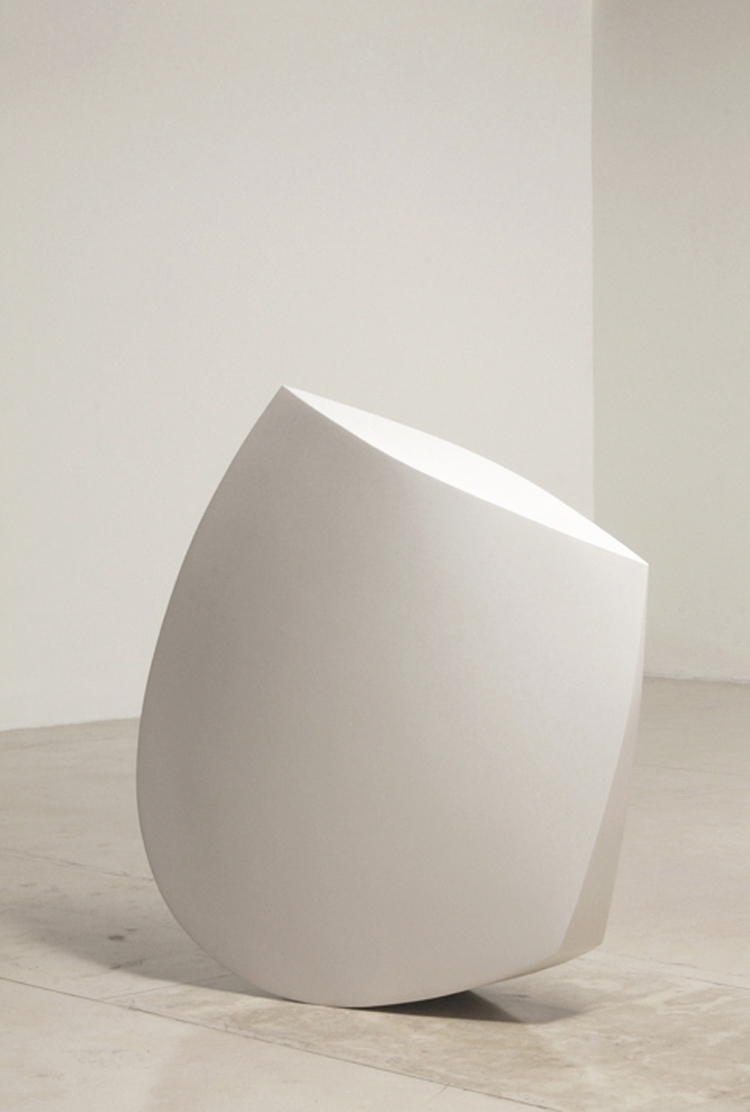 Chicuelina, 2007. Fiberglass, resin and polyurethane 51 x 5 x 18.jpg
