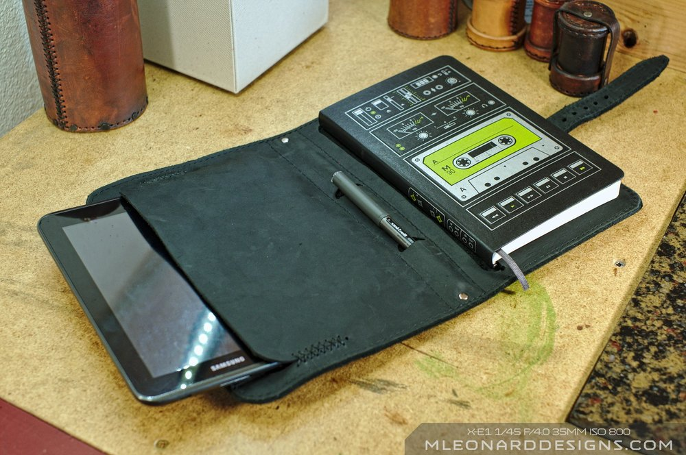 Moleskine & Tablet Book