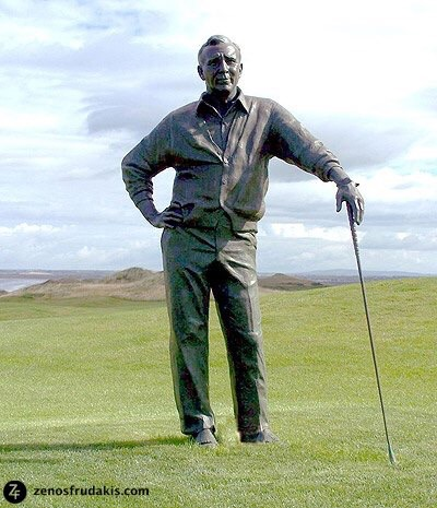 This was one of the statues of Arnold Palmer by Zenos Frudakis that Laran Bronze had the honor of casting.