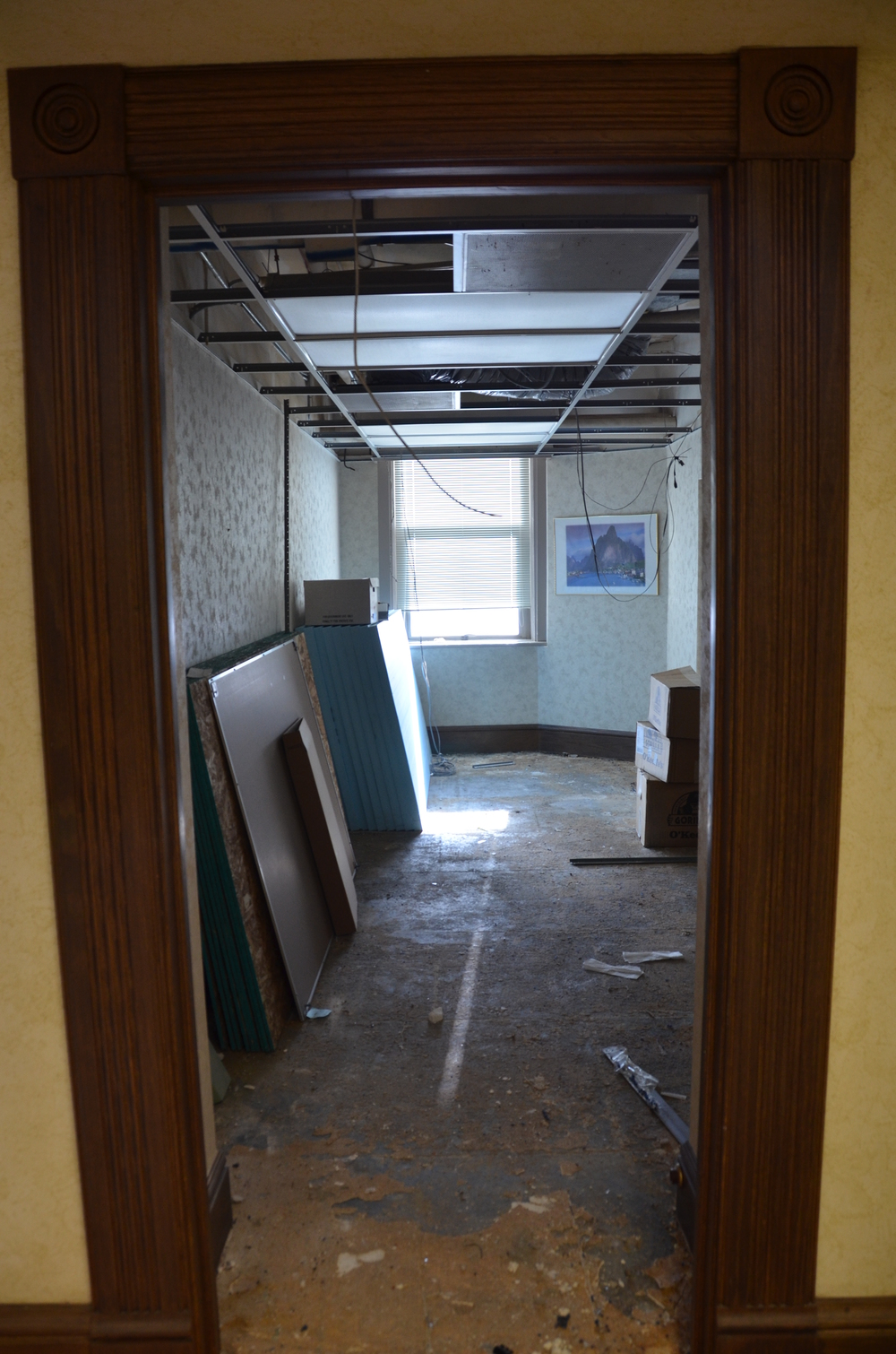 Abatement work in the former Secretary of State's Offices located on the west side on the garden level (basement).