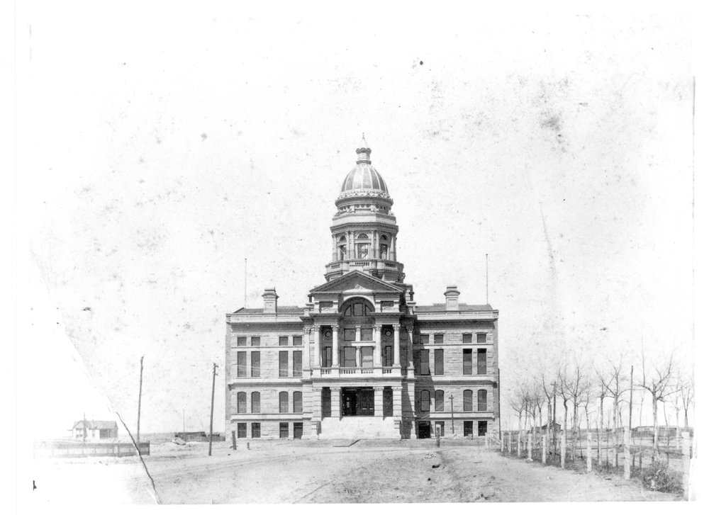 When the Capitol was completed in 1888, the copper dome was not gilded with gold leaf. Photo courtesy of Wyoming State Archives.