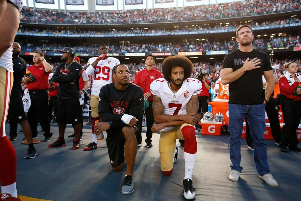 Teammate Eric Reid decided to support Colin Kaepernick for a just cause, with no fear in his heart.