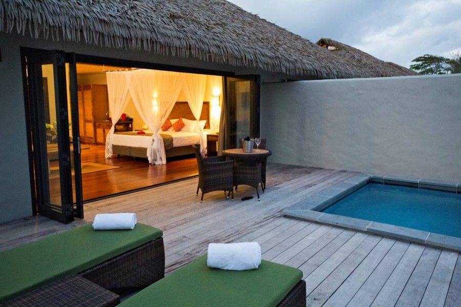 Salt Water Diary Tropical Bedroom Turquoise Paint Beachy: ACCOMMODATION-accommodationNautilus Resort Rarotonga