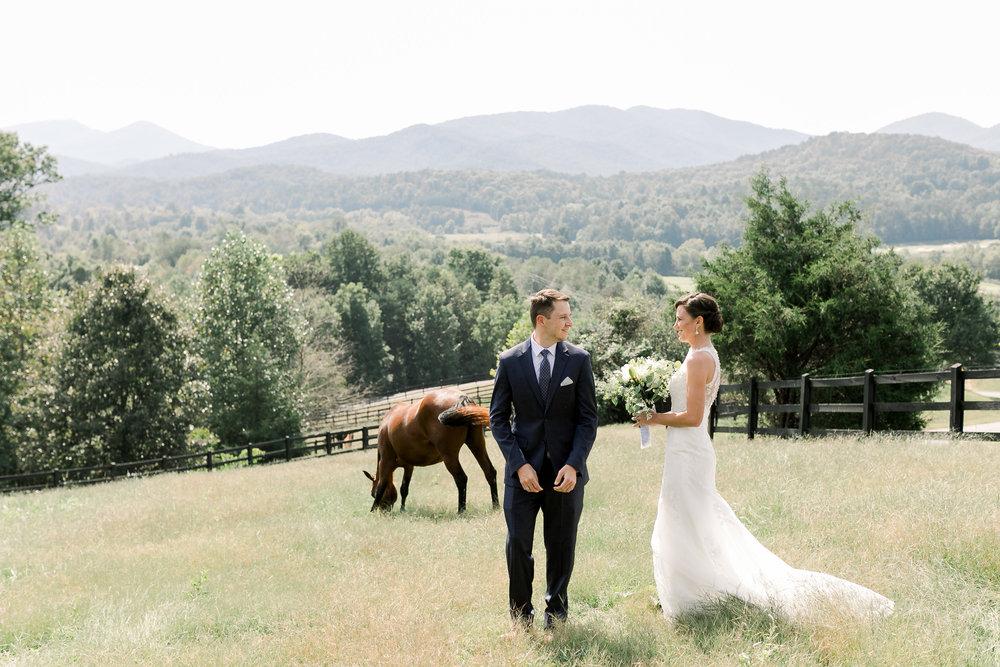 bride-groom-first-look-brasstown-valley-resort-georgia