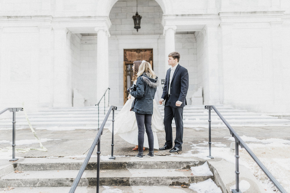 winter-wedding-brooks-museum-mary-kate-steele-photography