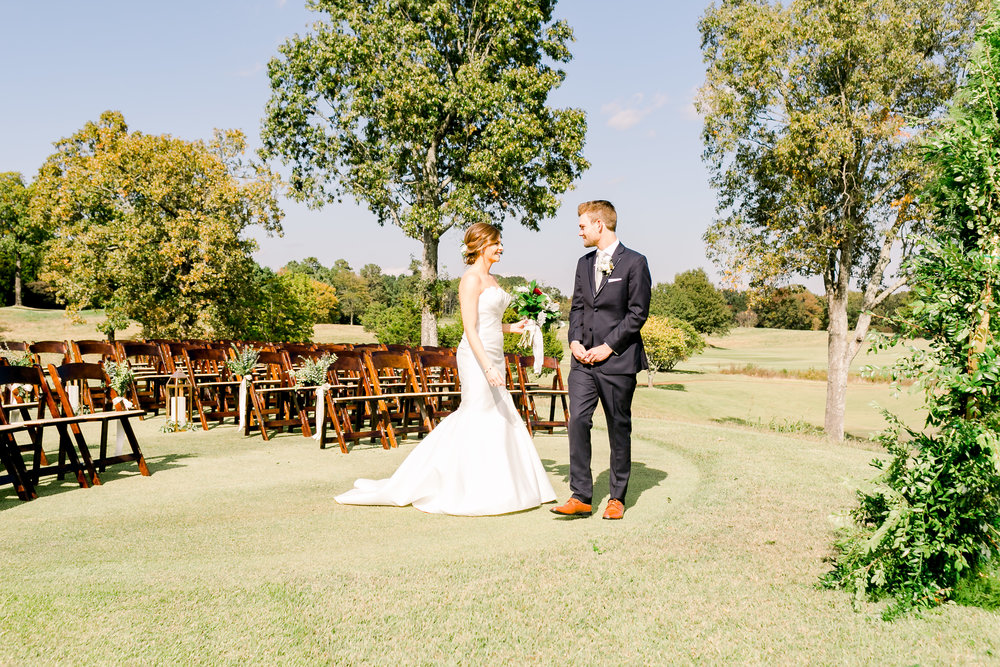 first-look-spring-creek-ranch-fall-wedding-memphis-tennessee-mary-kate-steele-photography