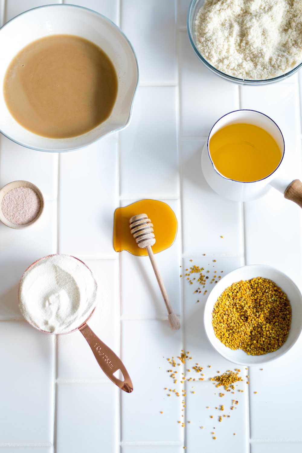"Honey + Bee Pollen ""Bulletproof"" Collagen Bars 