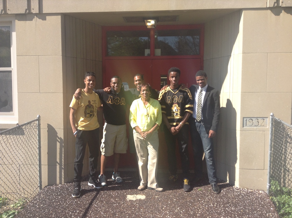 MAY 2015: ALPHA PHI ALPHA FRATERNITY BROTHERS FROM SYRACUSE UNIVERSITY MAKE A LARGE DONATION TO THE DETERMINATION CENTER. THEIR GENEROSITY IS UNMATCHED!