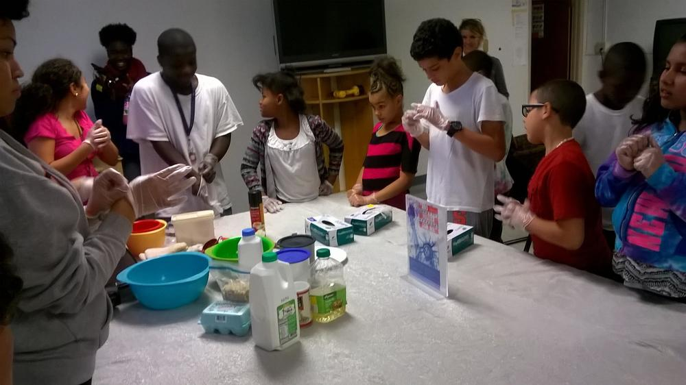 NOVEMBER 2015: COOPERATIVE EXTENSION HEALTHY COOKING CLASS