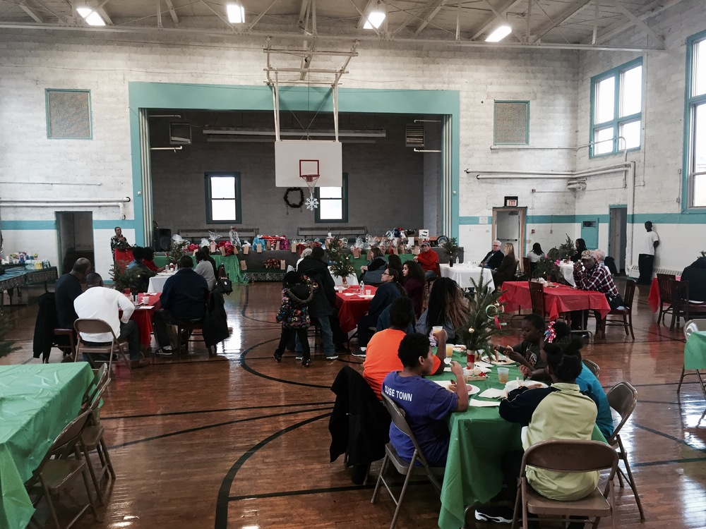 DECEMBER 2015: OUR ANNUAL HOLIDAY FUNDRAISER WAS A BIG SUCCESS. THANK YOU TO ALL OF OUR SPONSORS AND TO EVERYONE WHO STOPPED BY TO ENJOY A DELICIOUS BREAKFAST!
