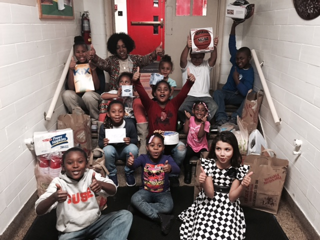 DECEMBER 2015: MRS. GRAHAM & THE DETERMINATION CENTER KIDS GIVING THANKS TO ROCKWELL AUTOMATION!