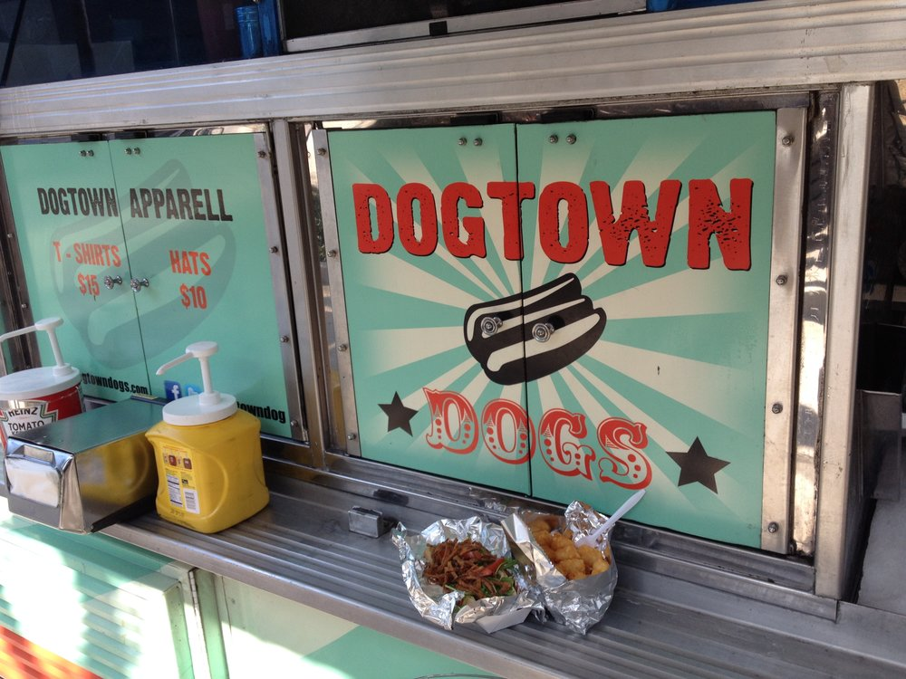 Downtown Dogs Food Truck / multiple locations / LA, CA