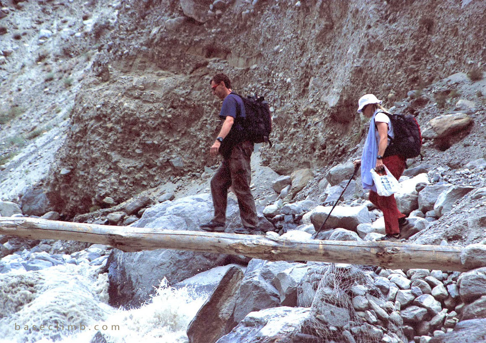 Log Bridge Karakorum Baseclimb 2