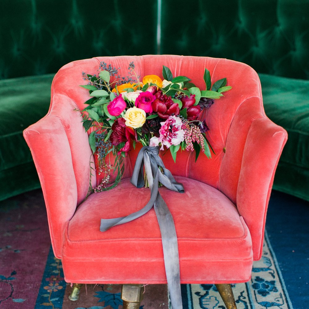 Sibyl_Sophia_Stunning_Bouquet_On_Red_Chair
