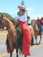 pa'u riders Hawaiian women on horseback in Maui parade