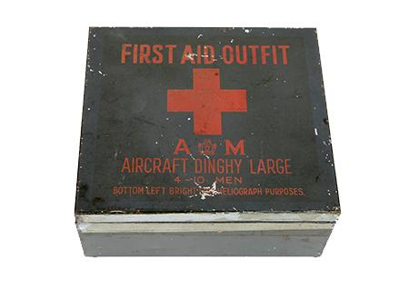 A.M.first aid autfit - AV004