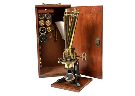 Microscope binoculaire par WATSON& SON - SC007