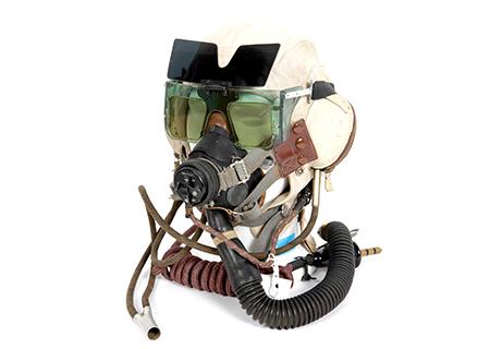 White navy type C helmet with MKVb spectacles - AV022