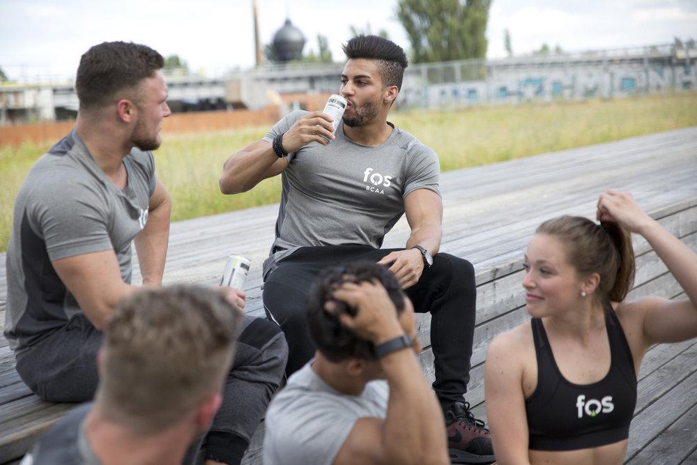 Unsere Werte - Wir machen Sport, Fitness und Gesundheit einfacher, interessant und erreichbar!Das Streben nach persönlichem Erfolg verlangt viel ab. Fitness und Gesundheit sind dabei wichtige Standbeine. Es ist unsere Mission, das Streben insbesondere in diesem Bereich zu unterstützten und Energie zu liefern. Es ist bei uns ein Grundsatz aus der Leidenschaft zum Sport Produkte an die Bedürfnisse des Sportlers von heute anzupassen.