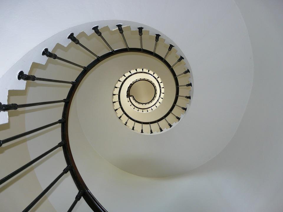 staircase-274614_960_720.jpg