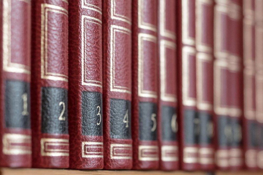 Wörterbuch und Erläuterungen -