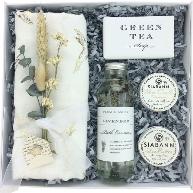 Please have a peek over at @whitebeamgifts for your gifting needs. Easy to order, a delight to receive 🍃💚 www.whitebeamgifts.co.uk #corporategifts #weddinggifts #giftsforher #giftsforhim #babygifts