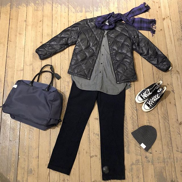 Friday y'all! Even though it's dark and grey outside - the weekend is here! Come and have a look at all the news in shop! Open 11-18. Dm for details! ——————————— Liner jacket by #needles  Shirt by #orslow  Pants by #needles  Sneakers by #converse  Beanie by #amandachristensen  Bag by #acnestudios Scarf is #vintageclothing
