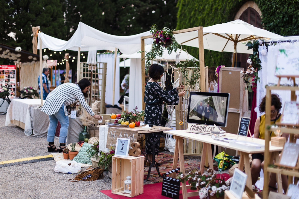 THE-WEDDING-MARKET-CASTELL-DE-PERALADA-PHOTOGRAFEEL-BODAS-4.jpg