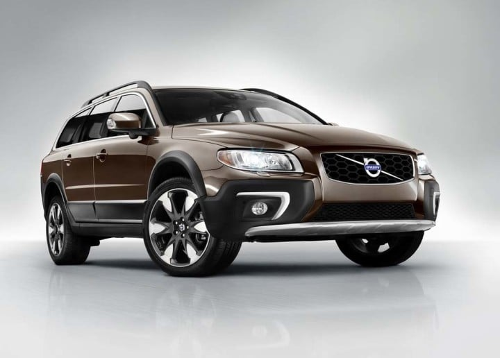 Models-Cars-2016-Volvo-XC70-Front-View-720x516.jpg
