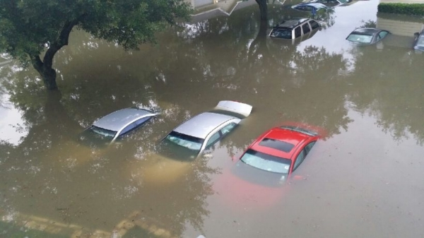 car flood 2017 001.jpg